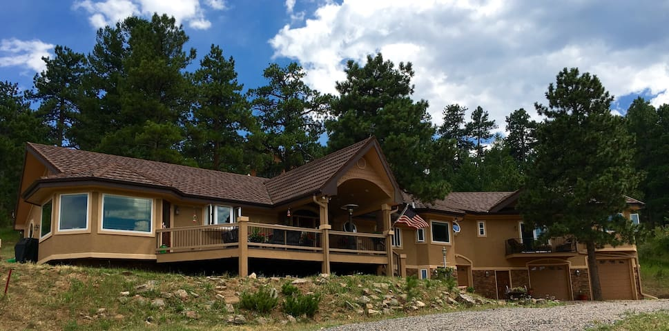 Luxurious Mountain Retreat! Close to Red Rocks! - Golden - Dom