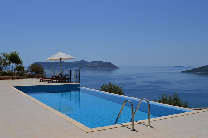 Carpici Luxury Duplex Apartment - Kaş