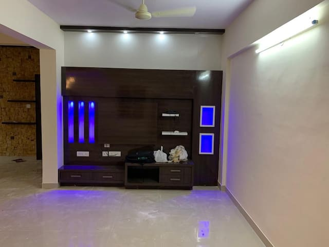 1 bhk House near Tulsi theatre road Marathahalli