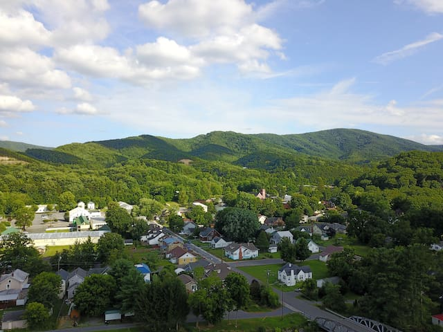 Drone picture of White Sulphur Springs looking toward the Manse and Kate's Mtn.