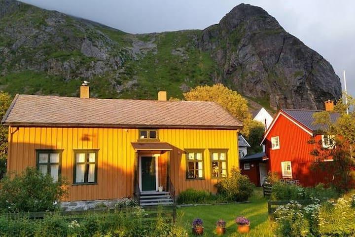 Cosy house in scenic Lofoten! - Ramberg - Hus