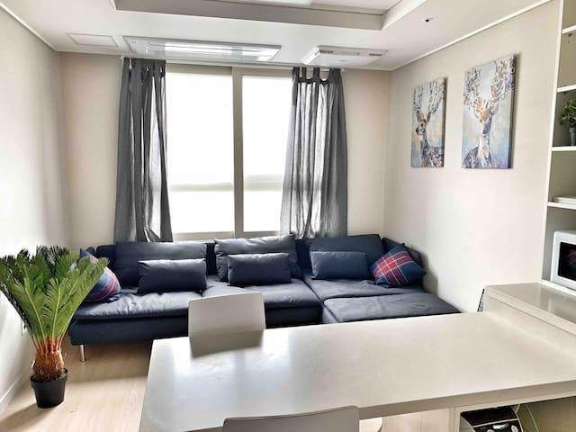 [New Open] Cozy Lap! 호텔급 깨끗하고 편안한 프라이빗 숙소 !!