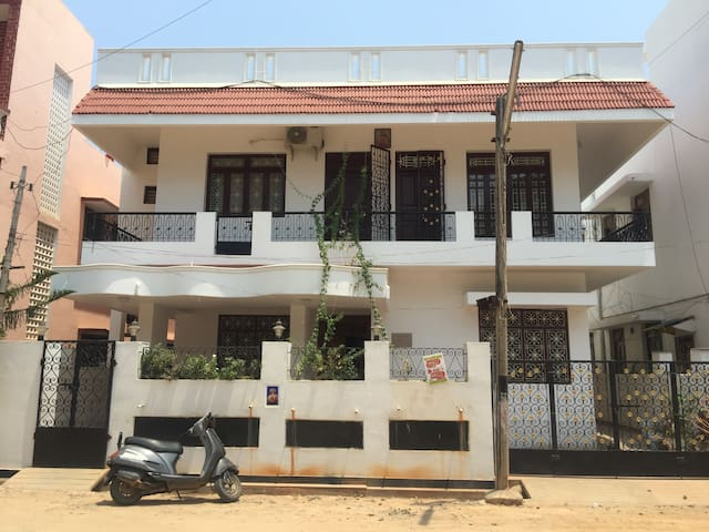 Double bedroom House in White Town - Puducherry - Casa