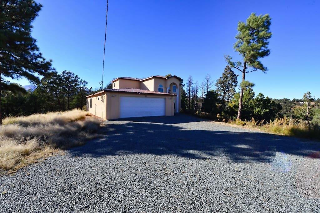 Arriba Cabin - Cozy Cabins Real Estate, LLC