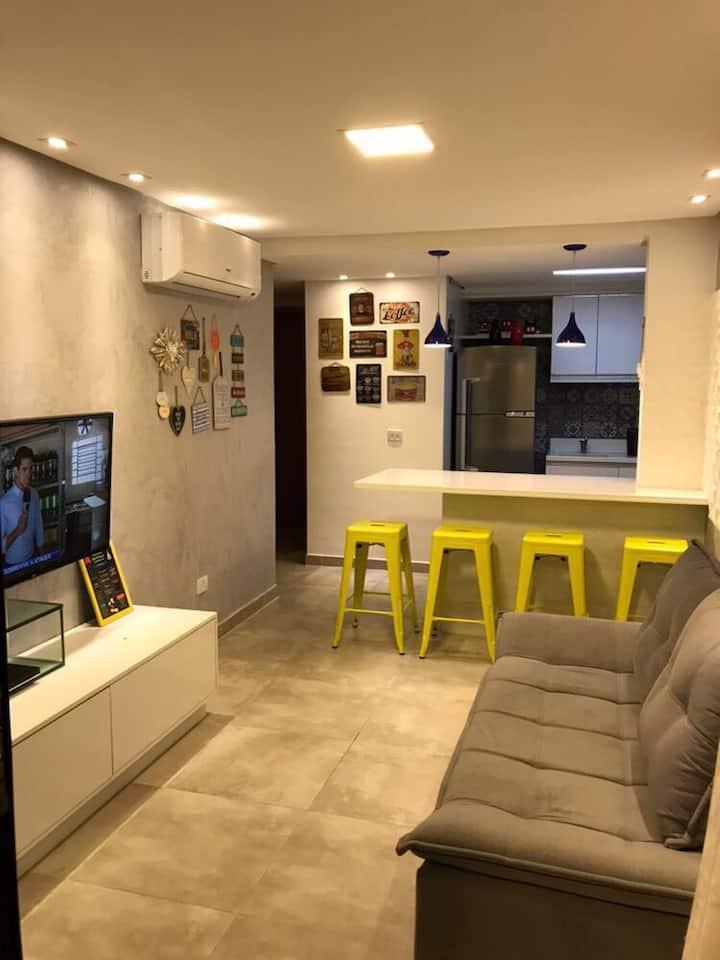 Apartamento moderno no melhor da Praia de Enseada!