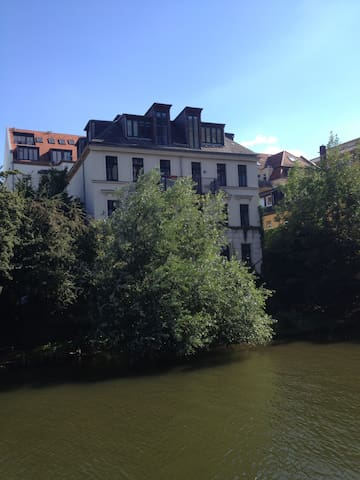 Städtische Unterkunft am Fluss - Leipzig - Bed & Breakfast