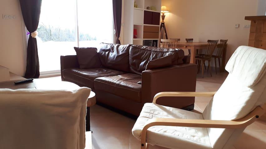 Magnifique duplex de 90 m2, Bellefontaine ( 39 ).