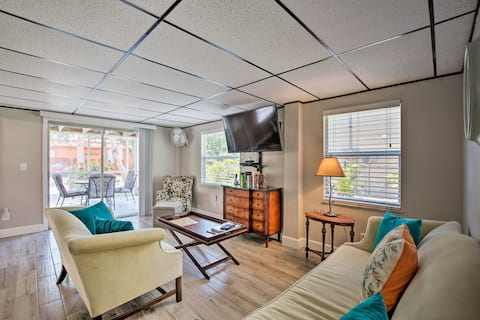 NEW! Updated Apt w/Patio, Walk to Fort Myers Beach