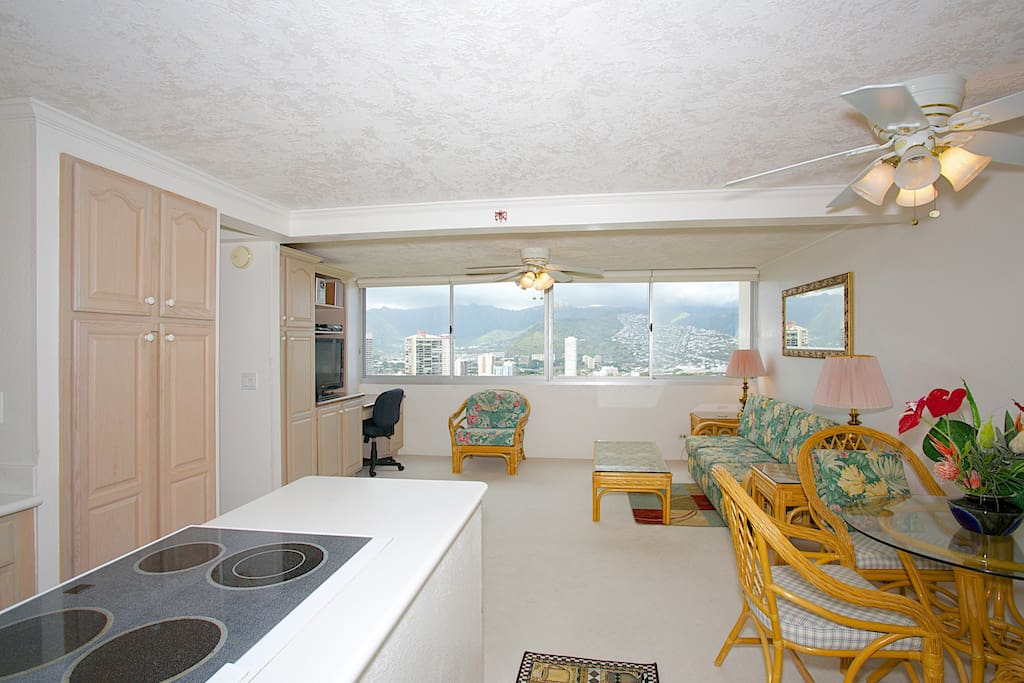 One Bedroom With A Unbelievable View 3902 Apartments For Rent In Honolulu Hawaii United States