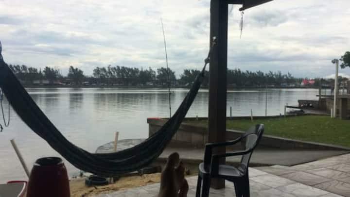 Paraíso na Beira do Rio