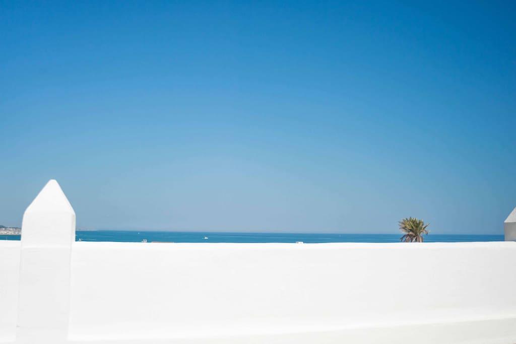 sea horizon terrace
