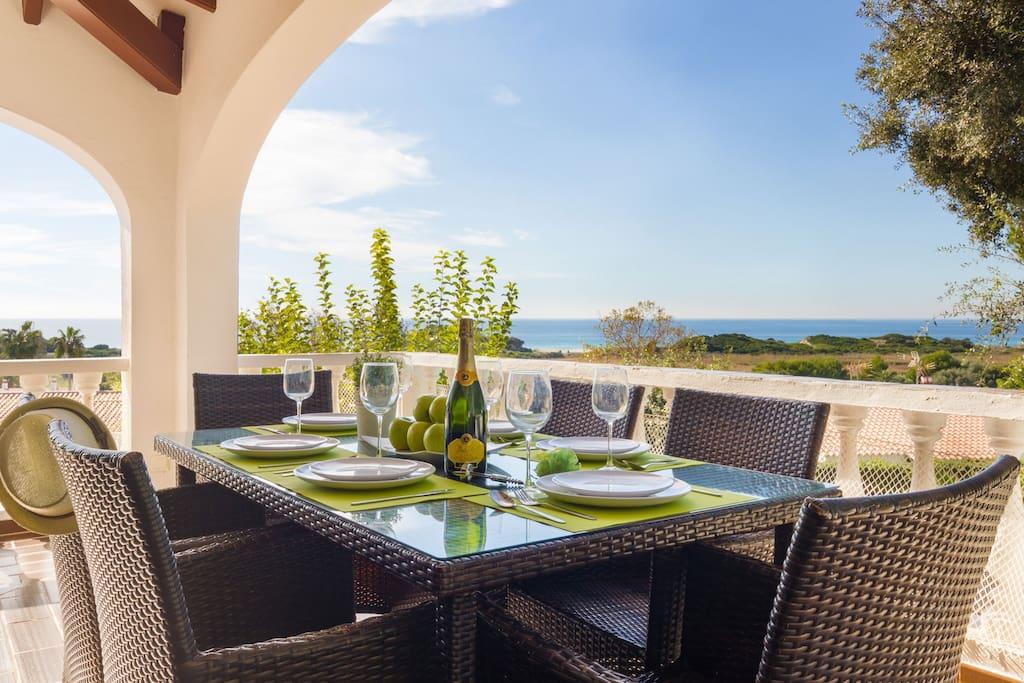 Villa luciana lujosa villa con piscina privada casas en for Suite con piscina privada madrid
