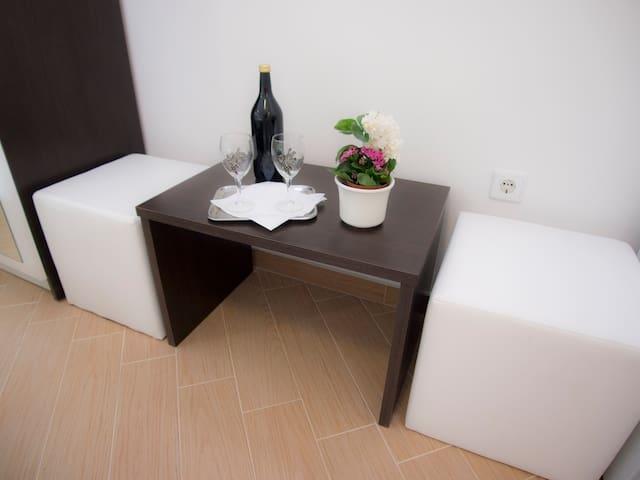 Mery City Walls Rooms - Dubrovnik - Haus