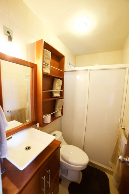 2 baños completos