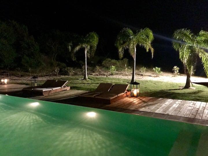 Increíble Villa en Laguna Escondida