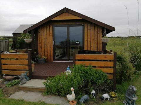 Ard Na Mara cabin with sea views