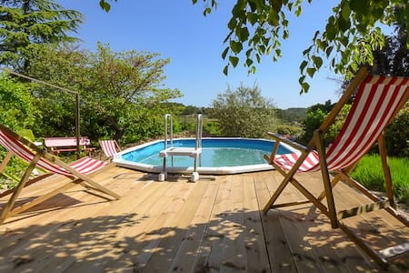 Charming stone house 3* with pool in quiet hamlet