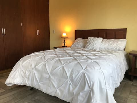 Excellent Room with private bathroom & services!
