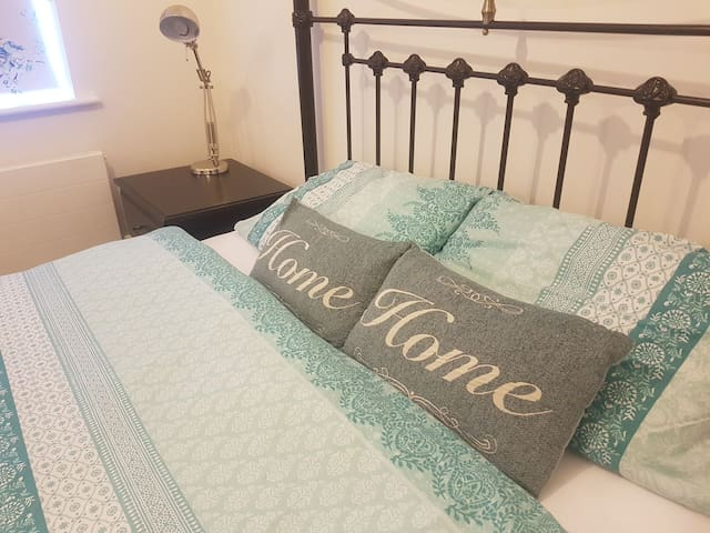 5* Ensuite Double room+driveway parking,Folkestone