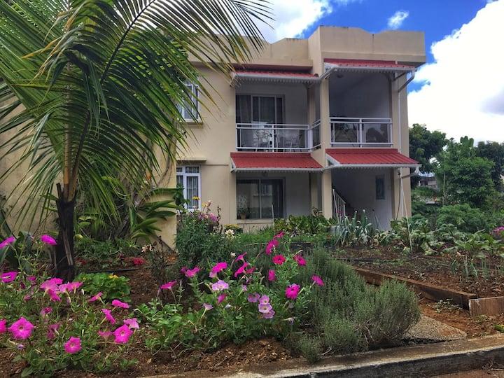 Villa Capri  Flat no 1 ( first floor)