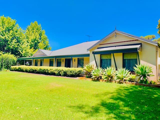 Willow Lodge - Busselton