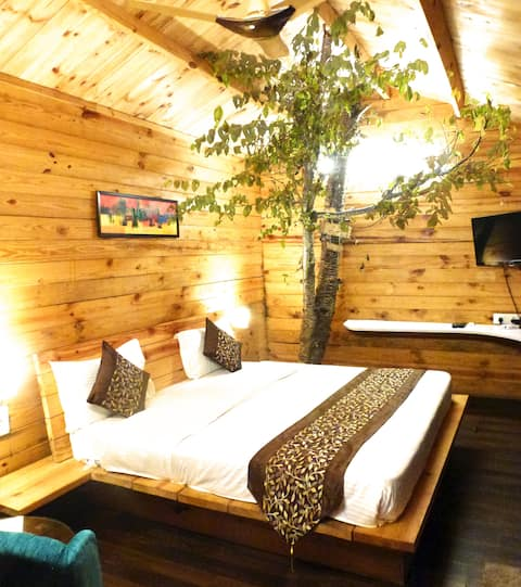 Treehouse Resort Mukteshwar
