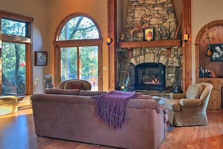 Completely Private Retreat - Truly Nevada City!