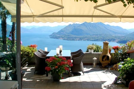 Stunning penthouse with panoramic views in Stresa - Magognino - อพาร์ทเมนท์
