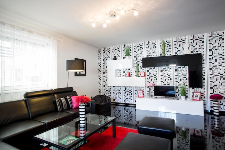Unique flat with Private Parking - Budapest - Departamento