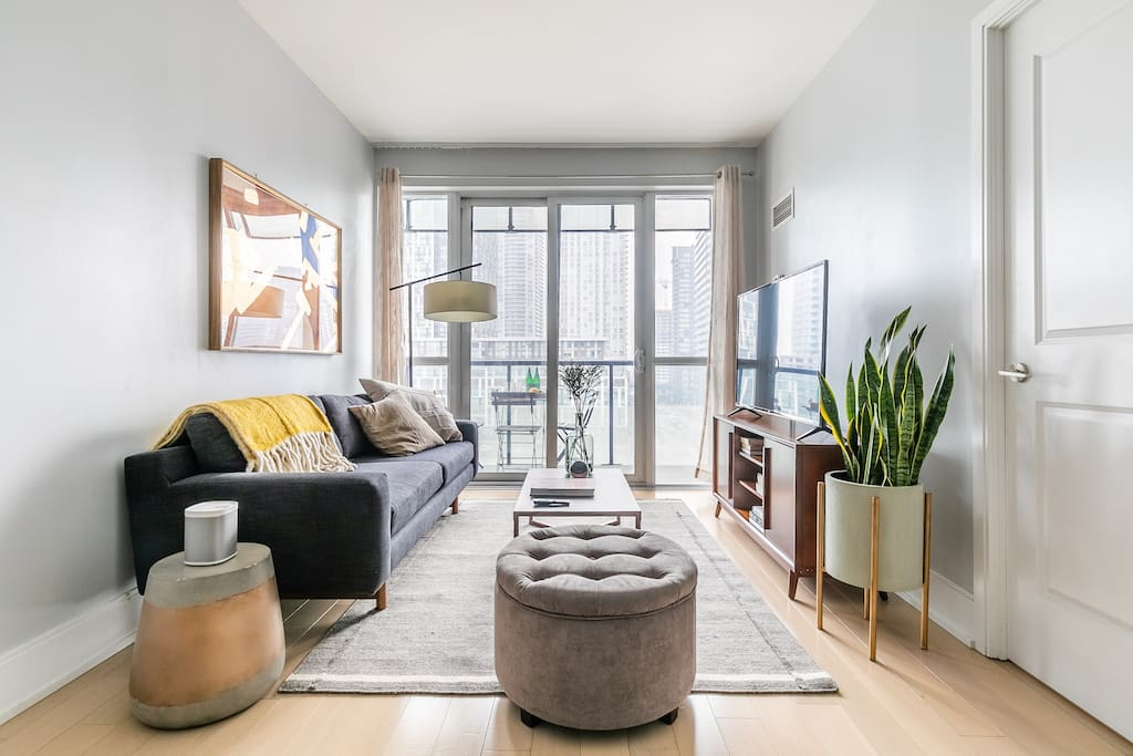 Smart TV and Sonos in living room