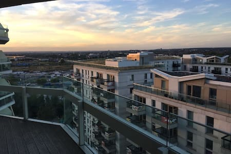 Modern 2 bedroom apartment in the Olympic Village! - Londen