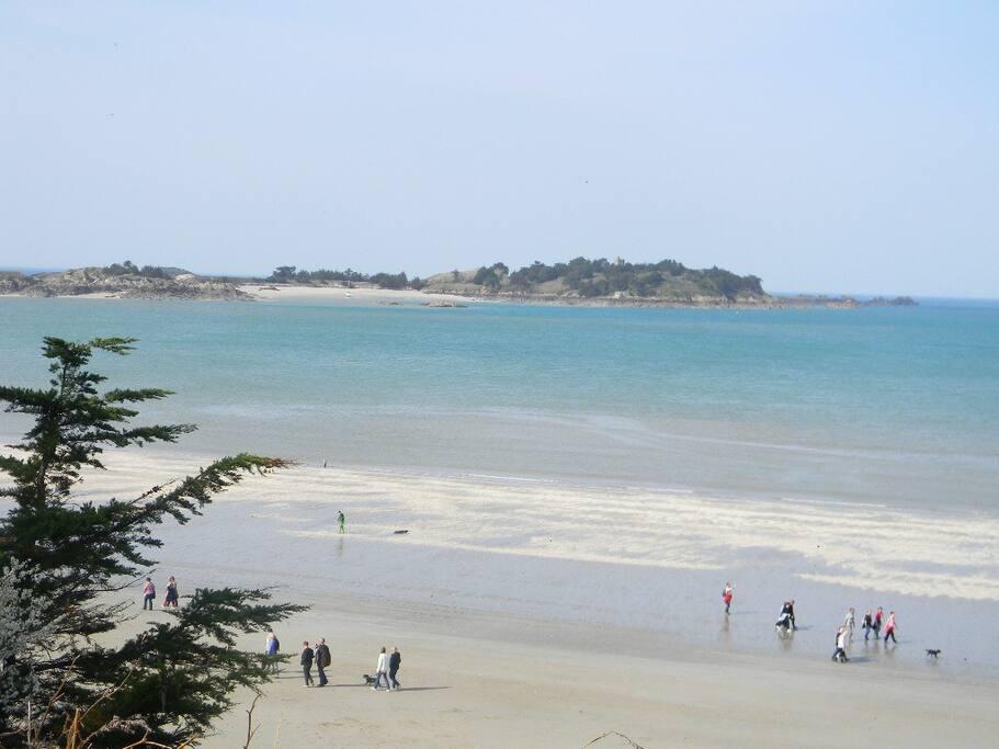 1 plage parmi plusieurs à Saint Jacut de la mer