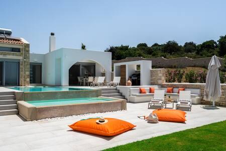 Jacuzzi, Nouveauté 2021 à Panoramic Villa.