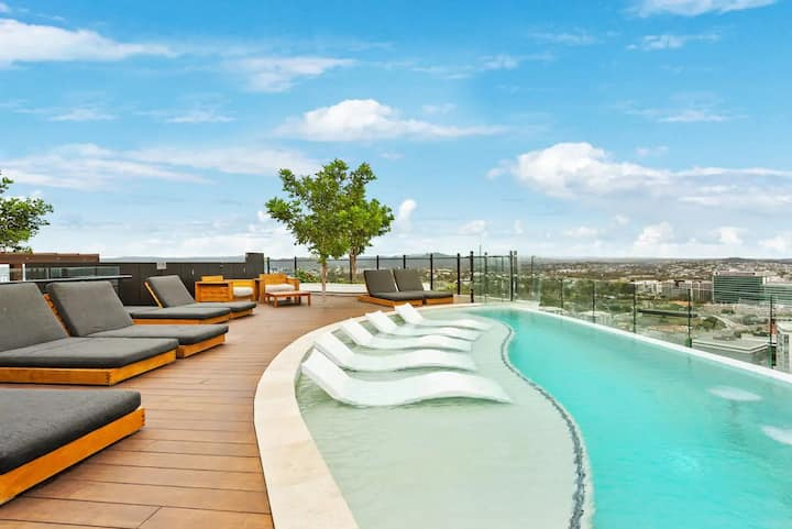 Stunning City Views + Brisbane's Best Rooftop Pool