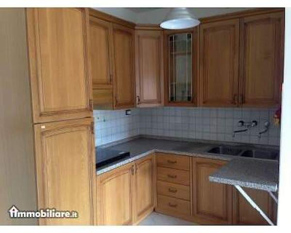 APPARTAMENTO PER FAMIGLIA 2+2 - Isola D'arbia - Apartment