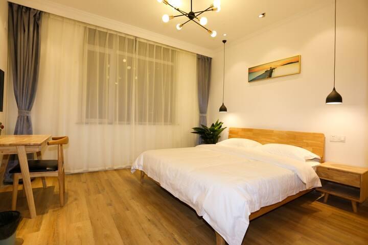 简约温馨北欧原木房,长风西街和平南路,可短租月租