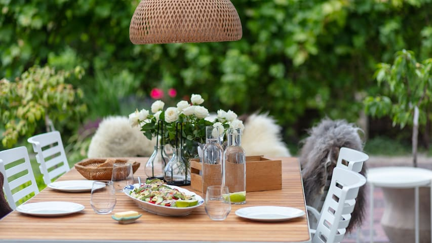 If the weather is nice, whip up a salad and spend some time on the terrace.