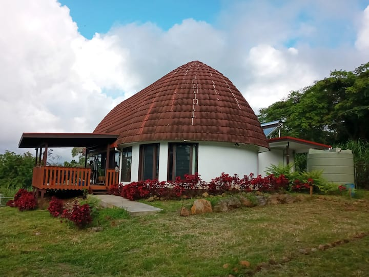 Mountain Fale Retreat