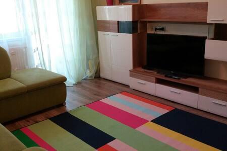 Новая квартира  с двумя спальнями - Mosonmagyaróvár - Apartament