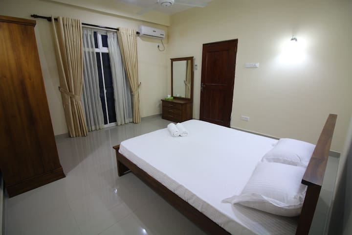 Bambalapitiya Apartment - Colombo - Daire