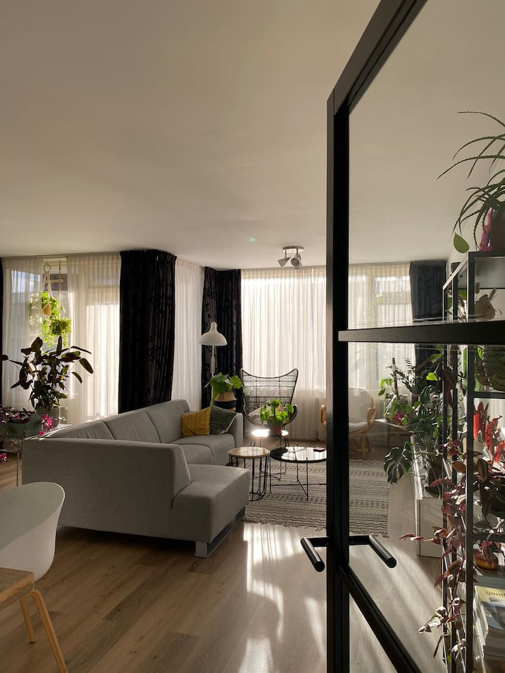 Spacious, modern appartment with double bed 90m2