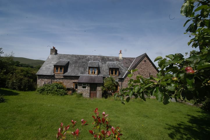 Remote Cottage in the Brecon Beacons National Park