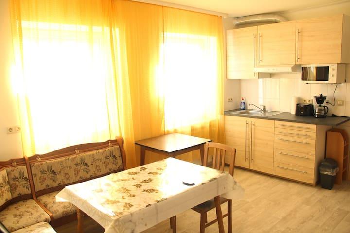 Zimmervermietung für 2 bis 6 Personen in Dalheim