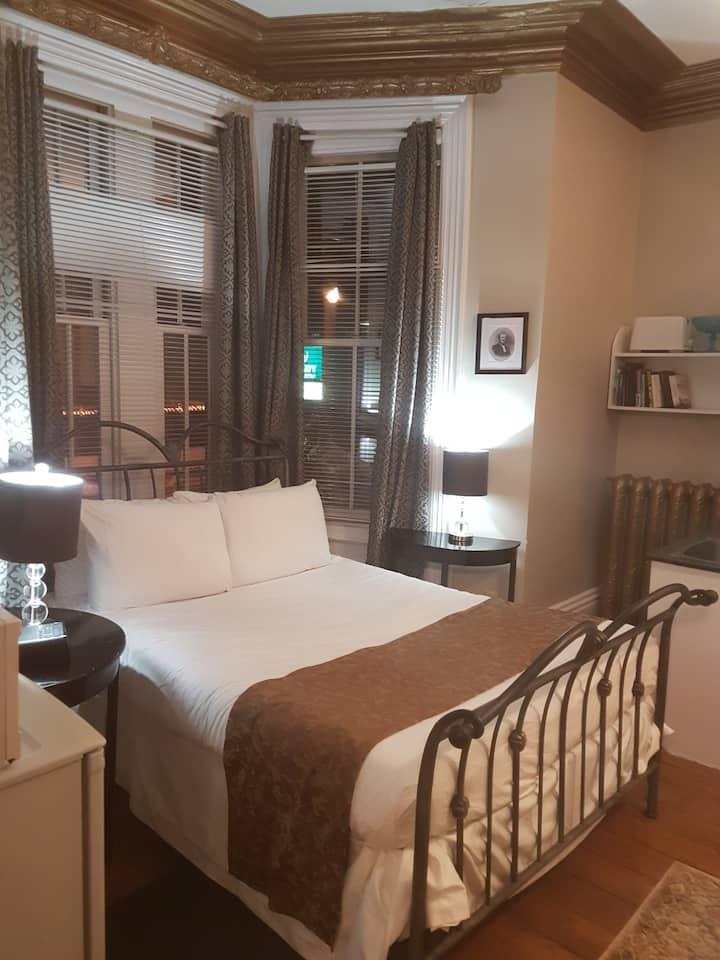 Suites of Euston SUITE 1