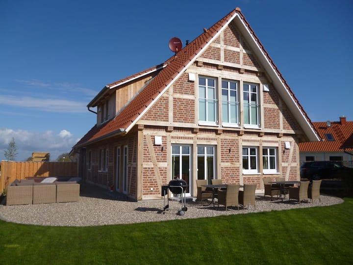 5*****Wellness-Landhaus-Sauna,Außen+Innenwhirlpool