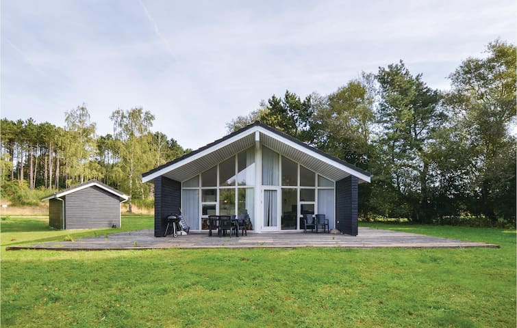 Holiday cottage with 3 bedrooms on 117m² in Ebeltoft