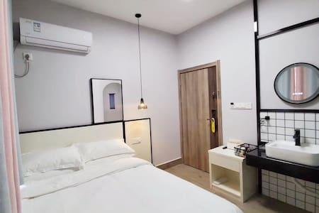 15号民宿全新升级精品大床房