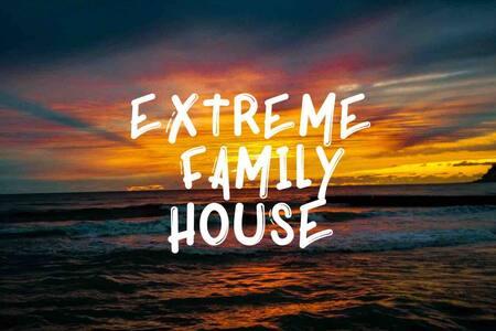 ExtremeFamilyHouse