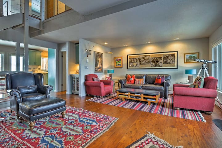 Cozy Townhome w/Beautiful Views of Vail Mountain!