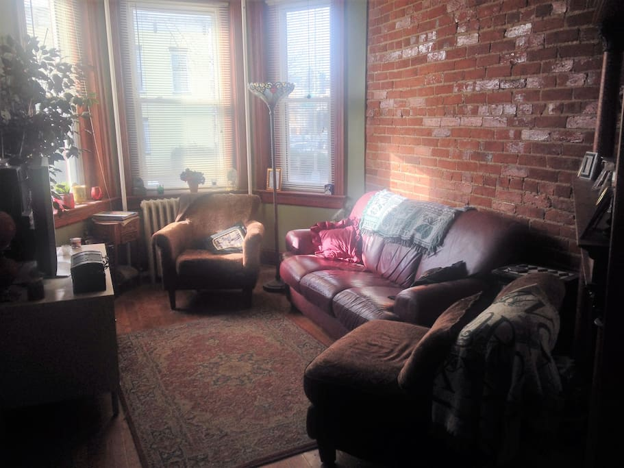 Exposed brick adds warm touch to parlor